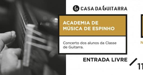 Alunos da classe de guitarra - Academia de Música de Espinho na Casa ada Guitarra Porto