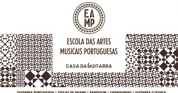 A Escola das Artes Musicais Portuguesas ( EAMP), é um um centro educativo especializado no ensino da música tradicional portuguesa. Tem como objectivo dar resposta a uma procura crescente, por pessoas de todas as idades, no âmbito da formação estruturada e informada da música tradicional portuguesa nas suas múltiplas vertentes. A oferta educativa da escola procura abranger o todo o universo dos cordofones portugueses e incluir instrumentos de outras famílias como os idiofones e os aerofones tradicionais.