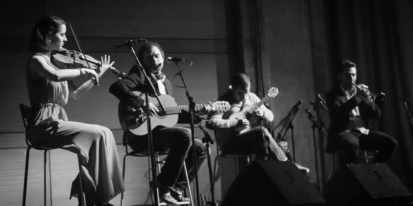 Vila Navio Casa da Guitarra