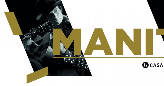 """Manito Casa da Guitarra Porto Manito toca guitarra espanhola e é atualmente uma referencia à lenda da guitarra """"Manitas de Plata"""". Iniciou o seu percurso aos 7 anos de idade e desenvolve, mais tarde, um estilo próprio que se reflete nos seus concertos. Durante os seus concertos, Manito apresenta composições originais, arranjos de melodias tradicionais e uma combinação de flamenco com a música cigana. Presta homenagens a Django Reinhardt e outros guitarristas famosos. A sua maneira intuitiva e contemplativa de executar a guitarra é rica em estilos e influências; os seus improvisos fazem disparar a imaginação. Nas suas palavras, Manito toca de acordo """"com a posição das estrelas e a direção do vento."""""""